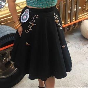 Bee swing skirt